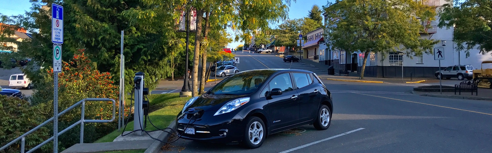 Why I Bought an Electric Nissan Leaf