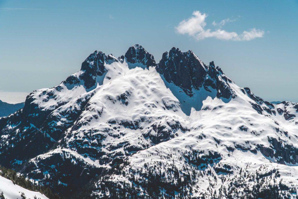 5040 Peak Triple Peak hike ski snowshoe Vancouver Island Chris Istace